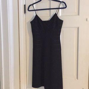 Little black dress. Jones New York - 4P
